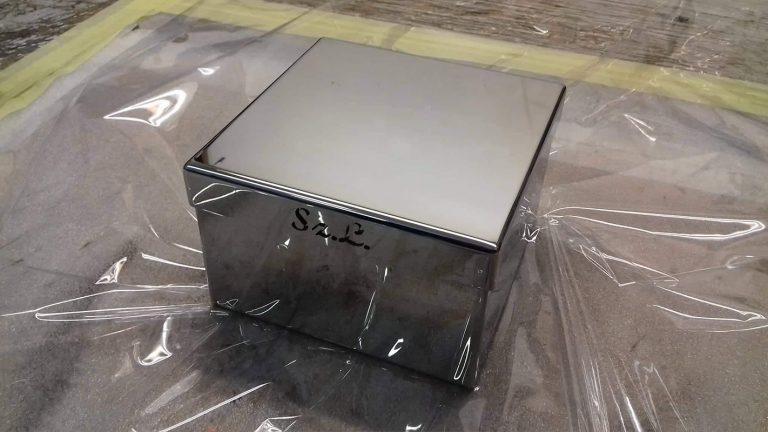 Polírozott rozsdamentes doboz